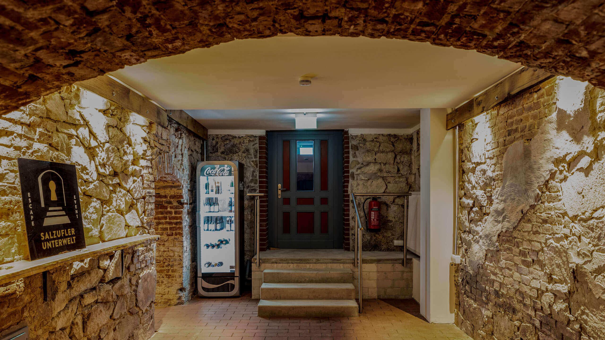 Foto: Eingang der Salzufler Unterwelt von innen